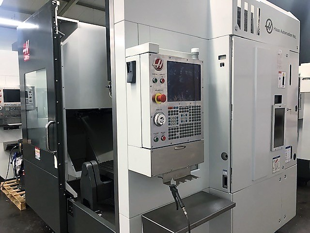 5 axis machining centre